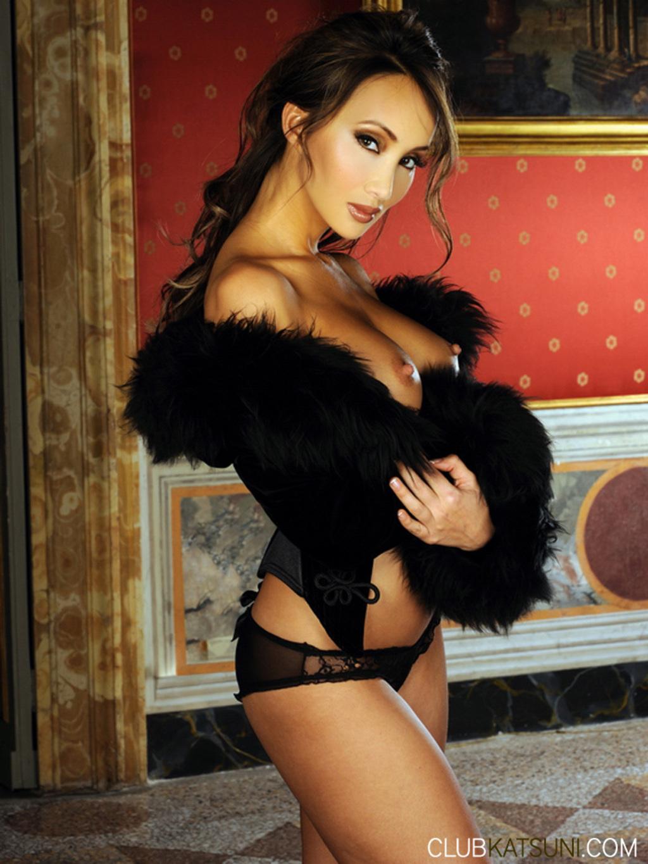 Шикарная азиатка голая 20 фотография