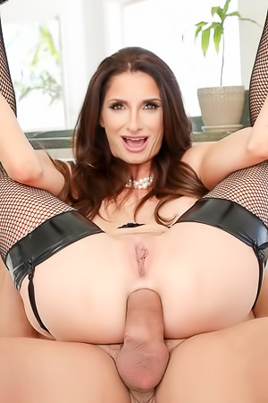 Silvia Loves Her Sexy Ass Filled With Cock
